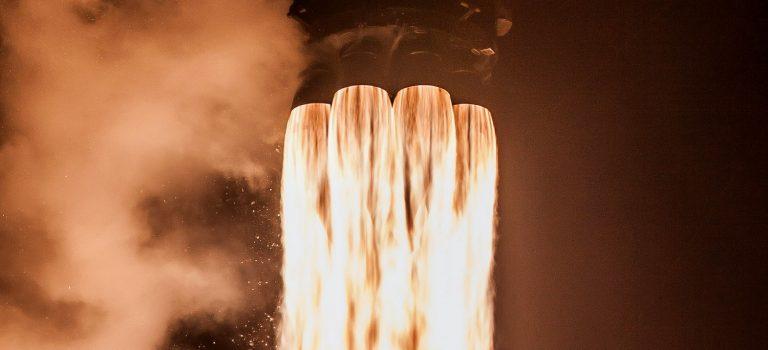 SpaceX запустили спутник GPS за полмиллиарда долларов: трансляция