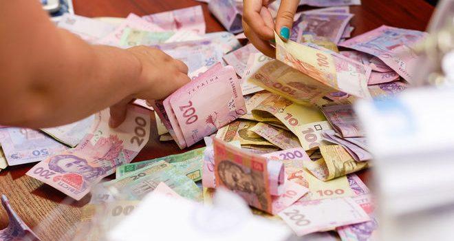 В Приватбанке 5 раз пересчитали всю наличную гривну в Украине