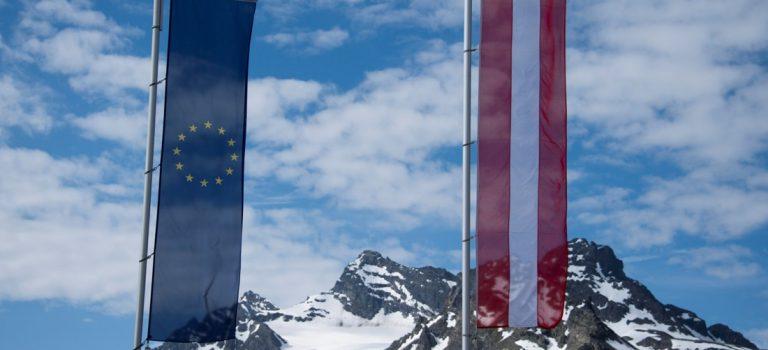 В Австрии сказали, кто может воспользоваться двойным гражданством
