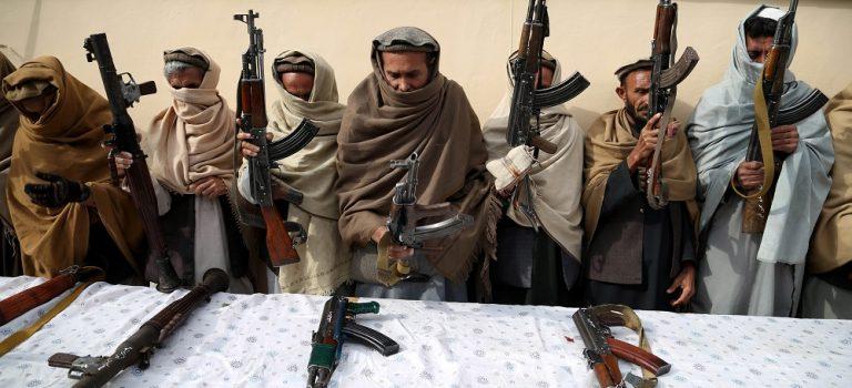 В Афганистане атаковали военную базу: СМИ пишут о 100 погибших