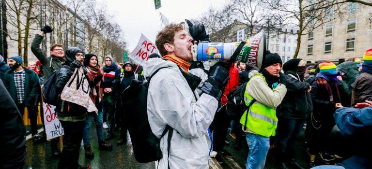 Марш в поддержку климата: в Бельгии прошла массовая акция — фото