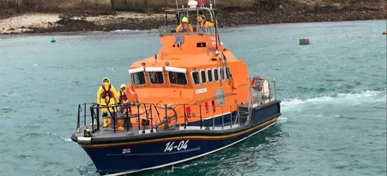 Спасатели прекратили поиски самолета футболиста, исчезнувшего над Ла-Маншем