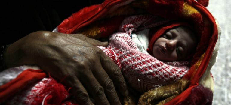 За пять лет в войнах на Земле погибли 550 тыс. младенцев — исследование