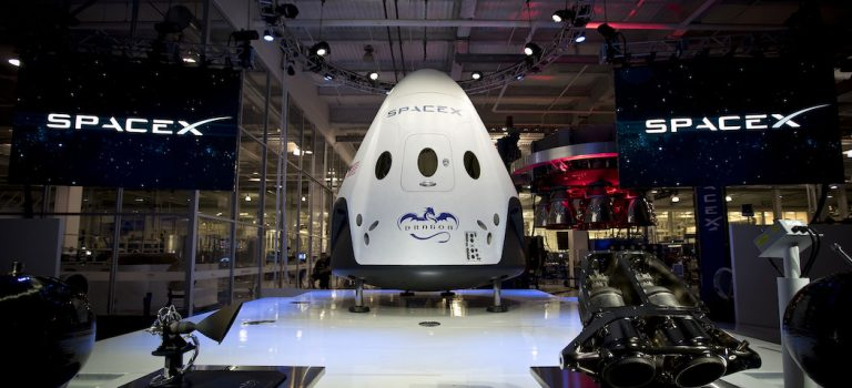 NASA дало ответ SpaceX по поводу запуска Crew Dragon к МКС