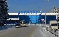 В аэропорту Барнаула обрушился трап, пострадали пять человек