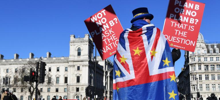 Экономика Великобритании демонстрирует рекордный спад со времен финансового кризиса