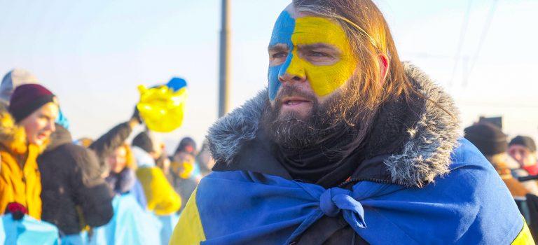 Сколько украинцев поддерживают вступление в НАТО и ЕС — КМИС