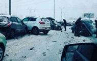 В Москве столкнулись около 40 автомобилей
