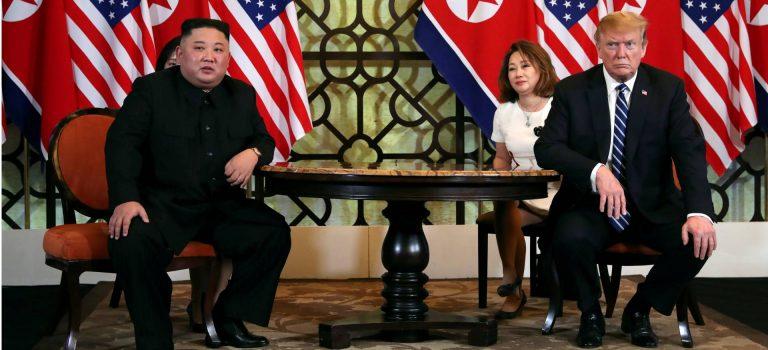 Во время саммита в Ханое Трамп предложил Ким Чен Ыну передать ядерное оружие США — Reuters