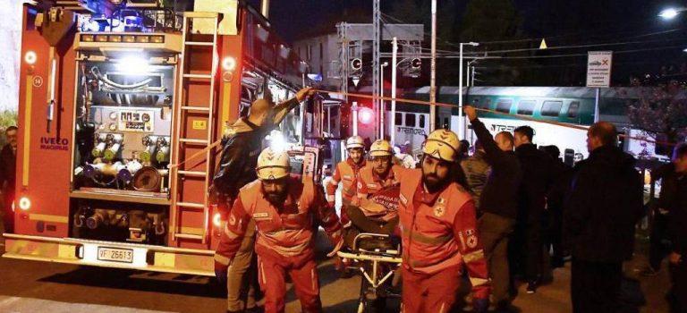 В Италии столкнулись два пассажирских поезда: не менее 50 пострадавших
