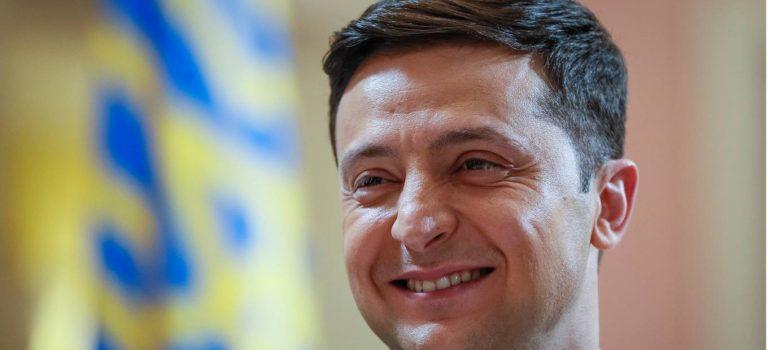 Любит Facebook, кофе и кино. СМИ узнали распорядок дня Зеленского перед выборами