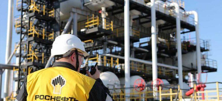Роснефть помогает Венесуэле обходить санкции США — Reuters