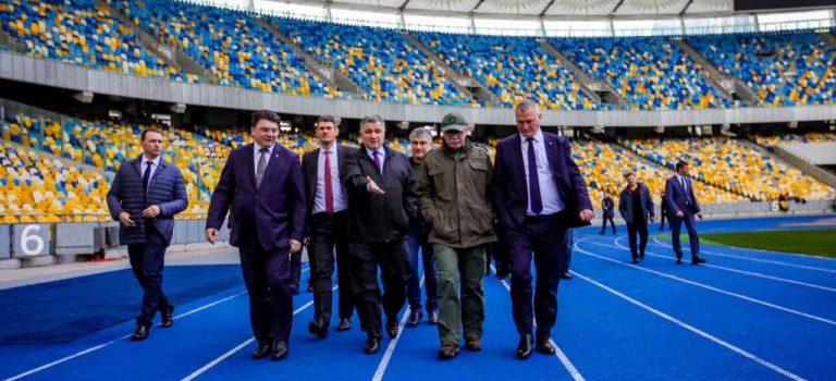 Аваков позвал к себе представителей штабов Зеленского и Порошенко