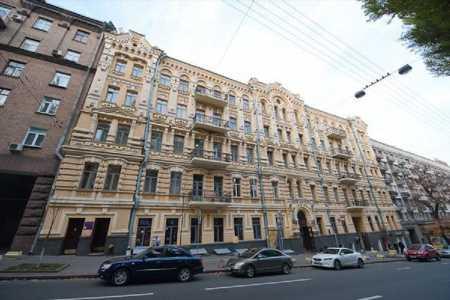 Group DF Фирташа продала гостиницу в центре Киева — СМИ