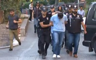 В Турции задержали более 200 военных