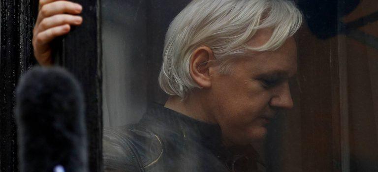 Скотленд-Ярд: Ассанж арестован по запросу США