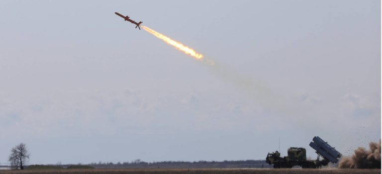 Украина за год нарастила военные расходы на 21%, РФ – сократила на 3,5% – мировой рейтинг SIPRI