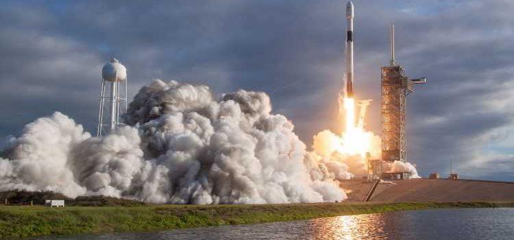 SpaceX идет на рекорд. Запуск интернет-роя Starlink — трансляция