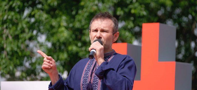 Вакарчук назвал основную ошибку Порошенко