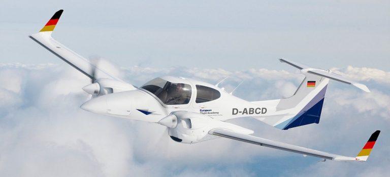 В Дубае разбился легкомоторный самолет, погибли четыре человека