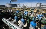 Россия сократила добычу нефти из-за проблем с Дружбой – Reuters