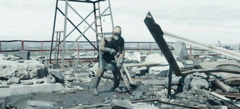 «Ятам был инехочу больше наэто смотреть». Американский журналист показал сериал Чернобыль отчиму— оноказался ликвидатором