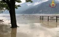 Германией и Италией пронесся ураган