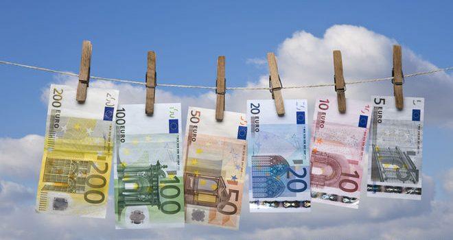 Украина разместила еврооблигаций на €1 млрд., и переведет полученное в доллар