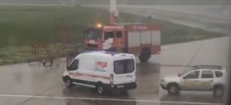 »Людей не выпускают!» В России экстренно сел самолет с туристами на борту
