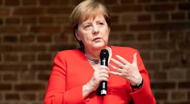 Меркель назвала покушавшихся на Гитлера образцами для подражания