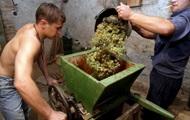 Очередь вина и воды. Новые санкции против Грузии